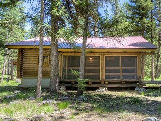 1 bedroom Cabin with Internet Access in Darby - Darby vacation rentals