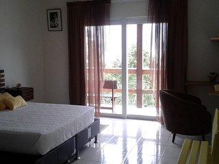 Nice Private room with Internet Access and A/C - Santo Antonio de Lisboa vacation rentals