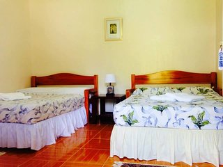 Perfect Bungalow with Internet Access and A/C - Sandugan vacation rentals