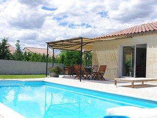 Maison avec Piscine avec vue sur les dentelles de Montmirail Et le Mont Ventoux - Aubignan vacation rentals