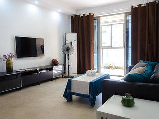 2 Bedrooms Family Apartment Fully Furnished + Parking, near Subway,  Suzhou SIP - Suzhou vacation rentals