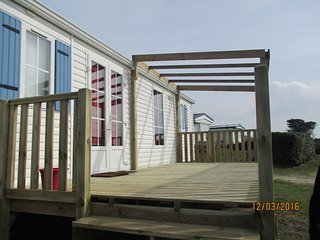 Mobilhome tous confort 4/6 pers 36m2 - Plouguerneau vacation rentals