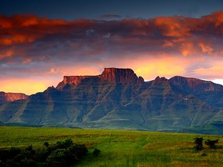Beautiful 4 bedroom Vacation Rental in Drakensberg Region - Drakensberg Region vacation rentals