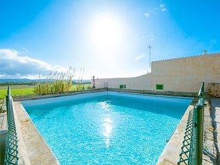 CAS DOCTOR - Villa for 8 people in Sa Casa Blanca (Palma) - Sa Roqueta vacation rentals