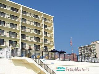 Beachfront Resort March 3 - March 10, 2018 - Daytona Beach Shores vacation rentals