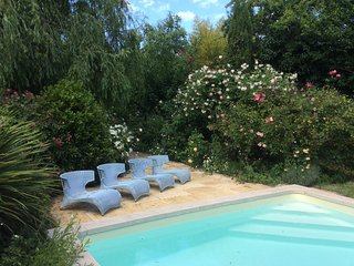 Le Chai d''Arcins, renovated 19th century barn with pool only 8kms from Bordeaux - Latresne vacation rentals