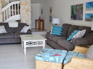 Island Gem - West Bay vacation rentals
