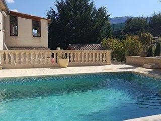 Maison avec piscine du repos en famille entre amis - Les Omergues vacation rentals