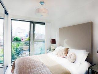 Central London Duplex (Sleeps 8) - London vacation rentals