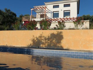 VILLA ARTEMIS / KALAMOS / BY PELIONESTATES very close to the sea (100 metres) - Kalamos vacation rentals