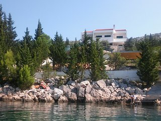 Quite place with infinity pool just in front of the sea with a private beach - Starigrad-Paklenica vacation rentals