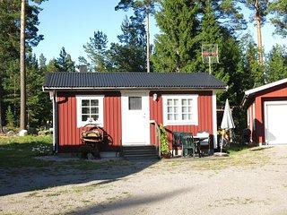 Stuga i Engesvik, utanför Gävle,  i närheten av hav och skog - Gävle vacation rentals