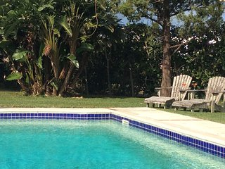 Las Brisas Apartment with Pool and close to beach - Smith's vacation rentals