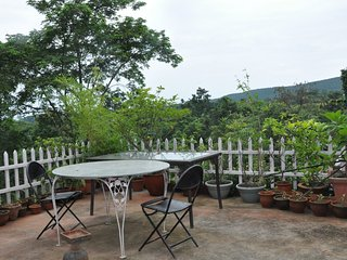 Classic Double Room with Garden View in the Country - Dehradun District vacation rentals