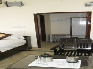 Modern Room near Jawahar Lal Circle - Jaipur District vacation rentals