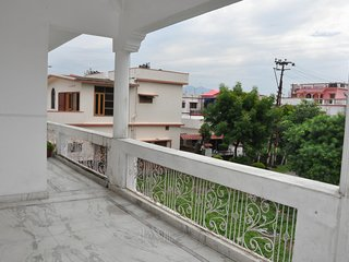 Spacious Room Near Indian Military Academy - Dehradun District vacation rentals