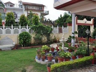 Spacious room near Silver city - Dehradun District vacation rentals