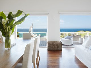 Spacious 4 bedroom Bondi House with Garage - Bondi vacation rentals
