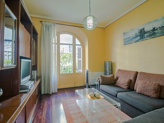 APPLE apartment - PEOPLE RENTALS - San Sebastian - Donostia vacation rentals