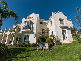 Stunning Views, Superb 5 Bedroom Villa Less than 15 Minutes Puerto Banus - Benahavis vacation rentals