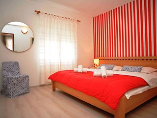 ***Modern Apartment for 4 People - Murter*** - Betina vacation rentals