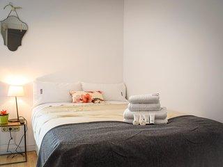 SWEET HOME apartment - PEOPLE RENTALS - San Sebastian - Donostia vacation rentals