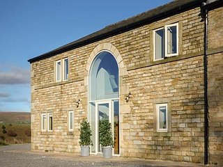 Lovely Barn with Television and Microwave in Littleborough - Littleborough vacation rentals