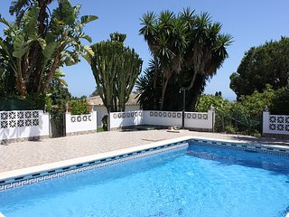 Beach Side private Relax Bungalow with priv.garden and comunal pool - Elviria vacation rentals