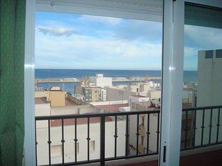 apartamento económico cerca de la playa dos habitaciones garrucha 2 - Garrucha vacation rentals