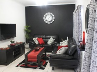 Perfect Alberton vacation Apartment with Internet Access - Alberton vacation rentals