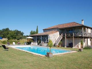 Maison de campagne avec vue spectaculaire sur Gers et Garonne - Layrac vacation rentals