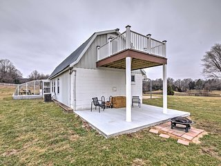 NEW! Updated 1BR Berger Bunkhouse on a Farm! - Berger vacation rentals