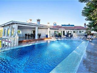 Holiday Villa in Torremolinos - Torremolinos vacation rentals