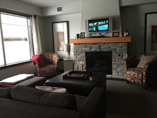 3 bd rm condo.   Quiet retreat - Dead Man's Flats vacation rentals