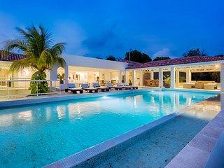 La Favorita, Sleeps 4 - Terres Basses vacation rentals