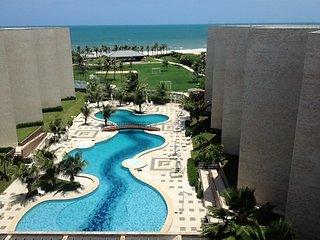 PORTO DAS DUNAS - BEACH PARK - PÉ NA AREIA - Aquiraz vacation rentals
