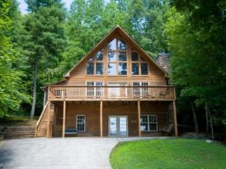 Cozy Townsend Cabin rental with Deck - Townsend vacation rentals