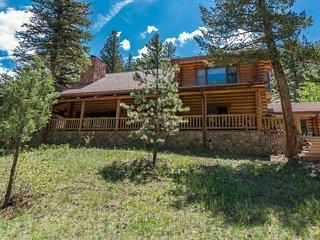 Amazing Log Home - Estes Park vacation rentals