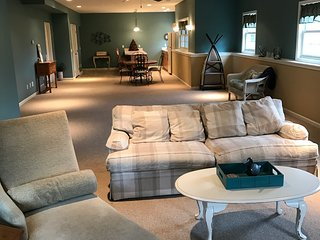 Luxury, custom suite with over 1600 sq. feet with privacy and garage - Grandville vacation rentals