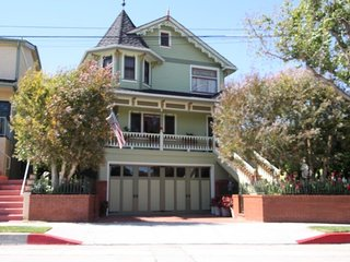 Victorian 1 Bedroom Rental - Redondo Beach vacation rentals