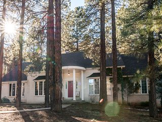 You'll love our clean comfy large home NEW 2 FLIPKEY! Pet Friendly WIFI NETFLIX - Flagstaff vacation rentals