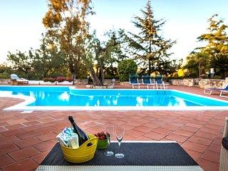 Perfect 4 bedroom Polignano a Mare Villa with A/C - Polignano a Mare vacation rentals