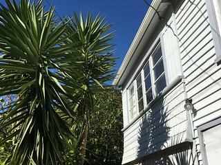 Koi Island Cottage escape - Waiheke Island vacation rentals