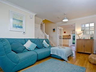Pelican Cottage, Charlestown located in Charlestown, Cornwall - Saint Austell vacation rentals