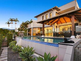 Waterfront Holiday Home on Kawana Island with pool, pontoon and WiFi - Kawana Island vacation rentals
