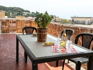 Cozy 2 bedroom Condo in Gaeta with Internet Access - Gaeta vacation rentals
