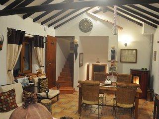 Pacific at Quinta do Bom Vento cottage w 2 qn beds - Obidos vacation rentals