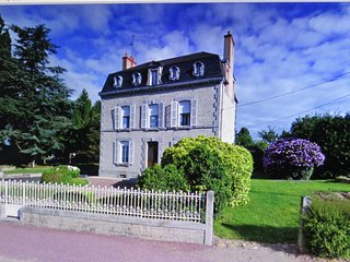 La Datiniere charming elegant house in a perfect position for exploring Normandy - Saint-Hilaire-du-Harcouet vacation rentals