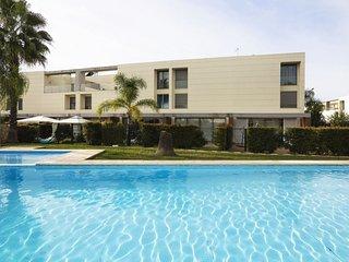 Brand new 3 bedrooms villa - Ferreiras vacation rentals