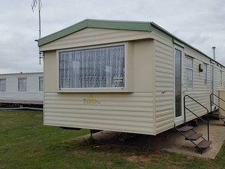 Caravan To Hire Near To Clacton (Park Resorts) - Clacton-on-Sea vacation rentals